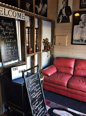 Northside Tavern Shed Restaurant - Bundaberg Accommodation
