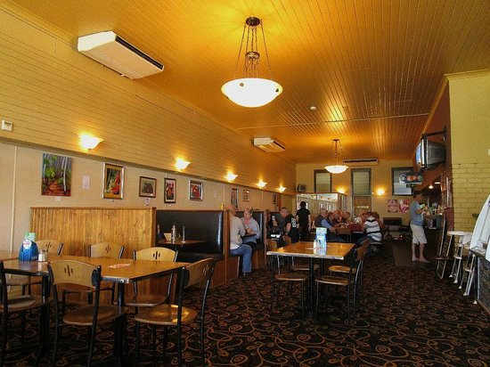 Carrollee Hotel - Bundaberg Accommodation