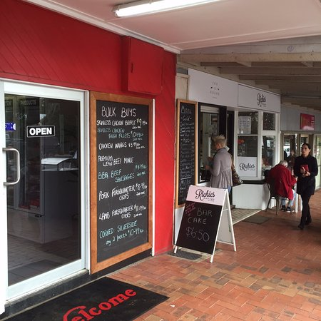 Fox and Hound Espresso - Bundaberg Accommodation
