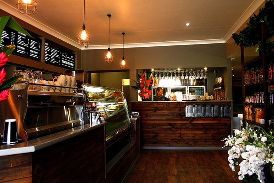 Le Sorelle Coffee House - Bundaberg Accommodation