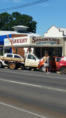 Gayndah Country Bakery - Bundaberg Accommodation