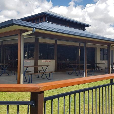 Tully Heads Tavern - Bundaberg Accommodation