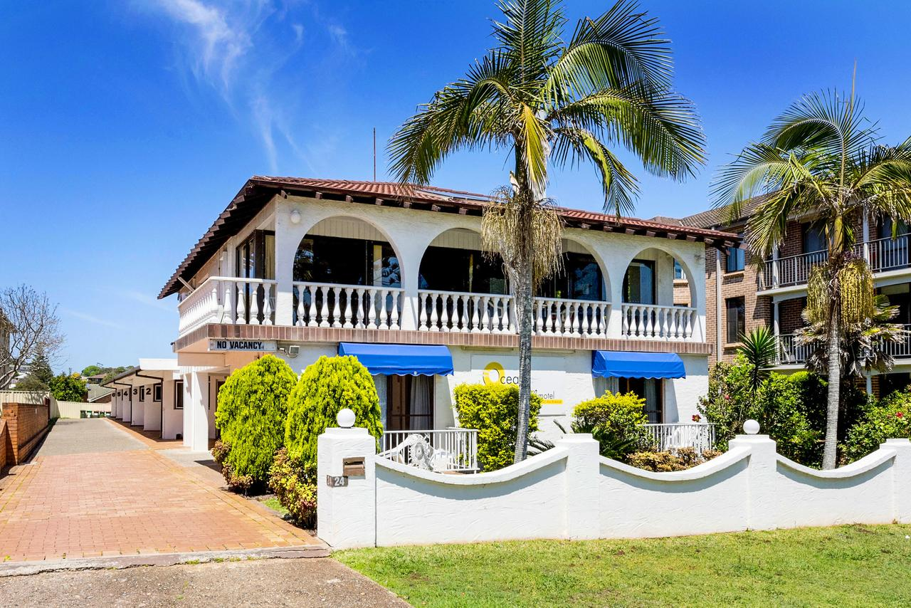 OCEAN BREEZE MOTEL - Bundaberg Accommodation