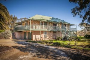 Lindsay House Homestead - Bundaberg Accommodation