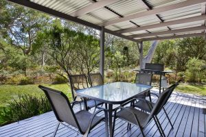 Wildwood - Pet Friendly - 5 Mins to Beach - Bundaberg Accommodation