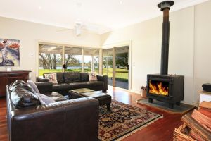 Terara Riverside Retreat - Bundaberg Accommodation