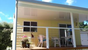 The Best Exotic Magnolia Cottage - Bundaberg Accommodation