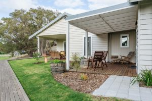 Stablebase - Bundaberg Accommodation